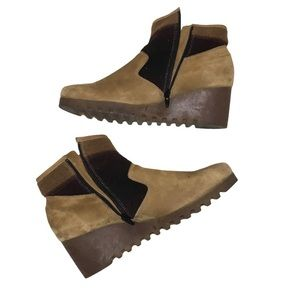 Arche Tan Suede Wedge Ankle Boots Side Zip 38